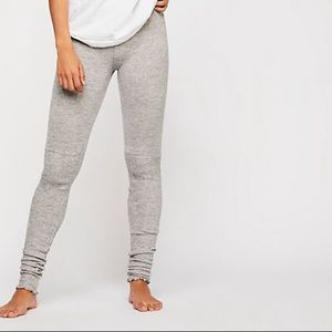 Free People Intimately knit scrunchy leggings 2549